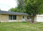 Foreclosed Home in Elgin 60120 HUNTER DR - Property ID: 3319252670