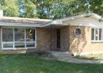 Foreclosed Home in Aurora 60506 GILLETTE AVE - Property ID: 3319328884