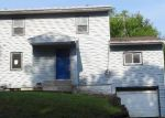 Foreclosed Home in Newton 50208 W 4TH ST N - Property ID: 3319644657