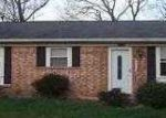 Foreclosed Home in Louisville 40241 WINDY WILLOW DR - Property ID: 3319808452