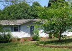 Foreclosed Home in Mount Holly 28120 SHADOWBROOK RD - Property ID: 3328943722