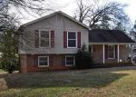 Foreclosed Home in Charlotte 28215 WHITINGHAM DR - Property ID: 3329089564