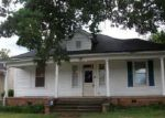Foreclosed Home in Gastonia 28052 E 3RD AVE - Property ID: 3329273962