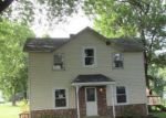 Foreclosed Home in Pocahontas 62275 JACKSON ST - Property ID: 3336050279