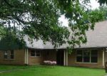 Foreclosed Home in Winfield 67156 E 11TH AVE - Property ID: 3336544760