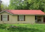 Foreclosed Home in Glasgow 42141 GREEN VALLEY RD - Property ID: 3336611772