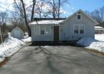 Foreclosed Home in Rockford 61109 RYDBERG RD - Property ID: 3339069231