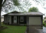 Foreclosed Home in Lincoln 62656 N LOGAN ST - Property ID: 3339168214