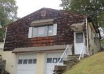 Foreclosed Home in West Orange 7052 S VALLEY RD - Property ID: 3341505240