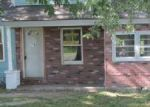 Foreclosed Home in Oswego 13126 MIDDLE RD - Property ID: 3342465284