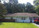 Foreclosed Home in Wilmington 28409 COLCHESTER PL - Property ID: 3343322402