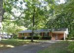 Foreclosed Home in Greer 29651 CHESTNUT AVE - Property ID: 3345494316
