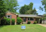 Foreclosed Home in Memphis 38128 KERWIN DR - Property ID: 3345979144