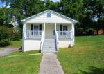 Foreclosed Home in La Follette 37766 E BEECH ST - Property ID: 3346161794