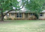 Foreclosed Home in Huntsville 35806 ROBINHOOD LN NW - Property ID: 3348109908