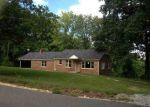 Foreclosed Home in Tuscumbia 35674 MOUNT MILLS RD - Property ID: 3348143624