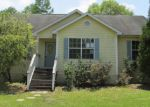 Foreclosed Home in Youngstown 32466 JOAN RD - Property ID: 3348494436