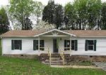 Foreclosed Home in Sevierville 37876 BIG RIVER OVERLOOK DR - Property ID: 3348981914
