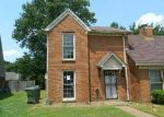 Foreclosed Home in Memphis 38115 CHARLESTOWNE PL - Property ID: 3349019574