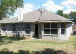 Foreclosed Home in Dallas 75211 E RIM RD - Property ID: 3349079567