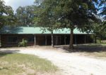 Foreclosed Home in Quinlan 75474 OAK HOLW - Property ID: 3349102344