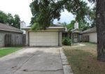 Foreclosed Home in Houston 77064 AUTUMNSONG DR - Property ID: 3349154465