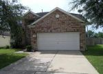Foreclosed Home in Dickinson 77539 LANDING EDGE LN - Property ID: 3349174165