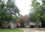 Foreclosed Home in Richmond 77406 MORTON LEAGUE RD - Property ID: 3350307658
