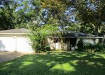 Foreclosed Home in Lake Jackson 77566 SYCAMORE ST - Property ID: 3351499373