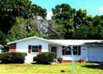 Foreclosed Home in Holiday 34690 ROUNDTREE RD - Property ID: 3351904953