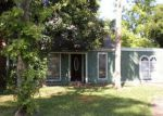 Foreclosed Home in Jacksonville 32246 OAKVIEW DR - Property ID: 3353841219