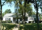 Foreclosed Home in Fort Wayne 46805 CHARLOTTE AVE - Property ID: 3358734714