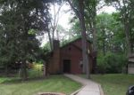 Foreclosed Home in Fort Wayne 46808 WESTGATE DR - Property ID: 3358756161