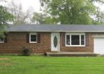 Foreclosed Home in Bowling Green 42101 MOREHEAD RD - Property ID: 3359023324