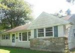 Foreclosed Home in Louisville 40272 BURGOO KING RD - Property ID: 3359053555
