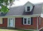 Foreclosed Home in Mount Sterling 40353 HOWARDS MILL RD - Property ID: 3359060109