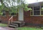 Foreclosed Home in Louisville 40272 TORRINGTON RD - Property ID: 3359079389