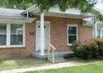 Foreclosed Home in Louisville 40272 FLOWERVALE LN - Property ID: 3359084201
