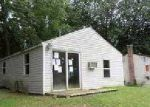 Foreclosed Home in Dowagiac 49047 LAKESHORE DR - Property ID: 3359682936