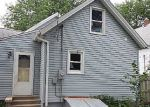 Foreclosed Home in Cedar Rapids 52404 10TH ST SW - Property ID: 3360753773