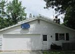 Foreclosed Home in Fort Wayne 46815 SOVEREIGN DR - Property ID: 3361347218