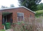 Foreclosed Home in Mount Vernon 40456 TERRY ST - Property ID: 3361452332