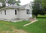 Foreclosed Home in Albert Lea 56007 RAILROAD AVE - Property ID: 3362015126