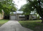 Foreclosed Home in Ponca City 74601 N PINE ST - Property ID: 3362991372