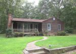 Foreclosed Home in Gum Spring 23065 BUCK DR - Property ID: 3363561625