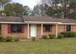 Foreclosed Home in Tallassee 36078 S TALLASSEE DR - Property ID: 3363745117