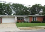 Foreclosed Home in Florissant 63033 NEW HALLS FERRY RD - Property ID: 3363879592
