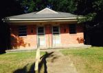 Foreclosed Home in Memphis 38112 TILLMAN ST - Property ID: 3365035401