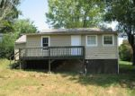 Foreclosed Home in Greeneville 37743 SUNRISE DR - Property ID: 3365044602