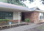 Foreclosed Home in Fort Worth 76133 WORRELL DR - Property ID: 3365116427